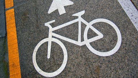 Rendőrkézen a kerékpáros nők réme