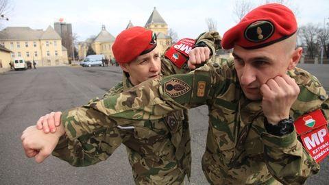 Nők a seregben: Többet kellett dolgoznom a sikerért, de megérte