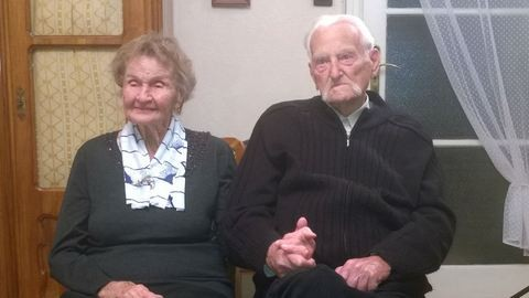 Ottó és Hajnalka 12 évig vártak egymásra, több mint 60 évig voltak házasok