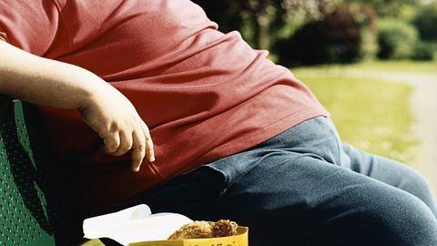 A szegény embert még a kövérség is húzza