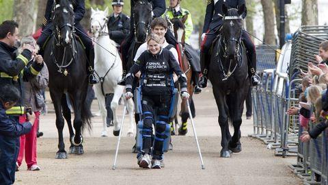 Ismerd meg a gerincsérült nőt, aki 17 nap alatt futotta le a maratont!