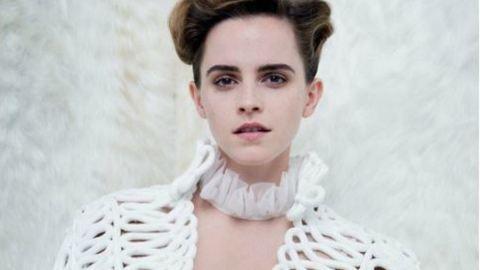 Emma Watson bevállalta: megmutatta a keblét a Szépség és a szörnyeteg promózás közben