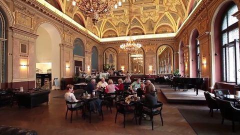 Bezárt Budapest egyik legszebb kávézója