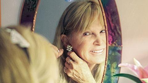 Így öltöznek az örök nők: ezt minden korosztálynak érdemes tudni