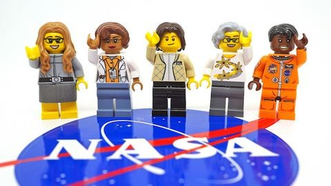 Az űrhajós nőket ünnepli a LEGO