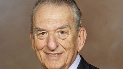 Meghalt a Nobel-díjas Oláh György