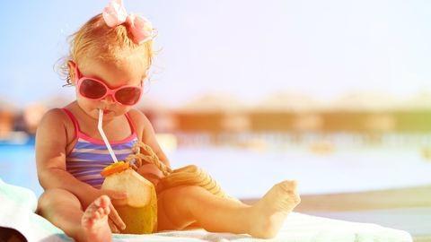 Folyadékbevitel gyerekkorban: mennyit és mit igyon a gyerek?