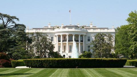 Letartóztattak egy férfit, aki bejutott a Fehér Ház kertjébe