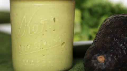 Ez a mennyei avokádós salátaöntet megváltoztatja az életed