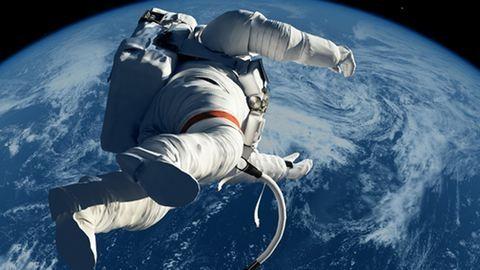 Űrhajósokat toboroznak a Holdra