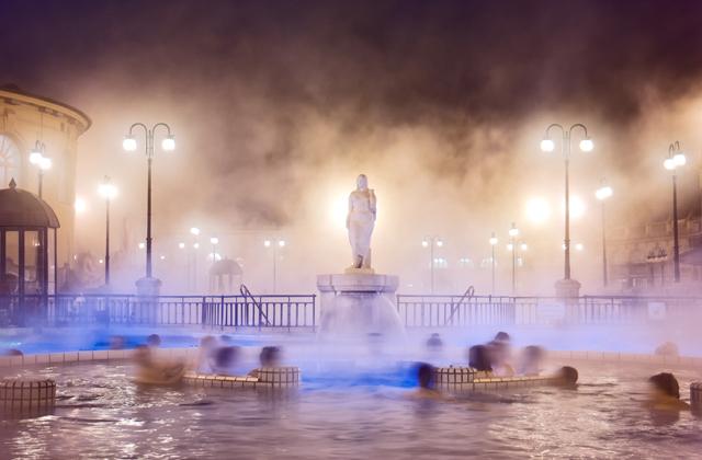 Taroltak a budapesti fürdők