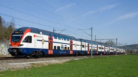 Jön a MÁV következő nagy dobása, az emeletes vonat