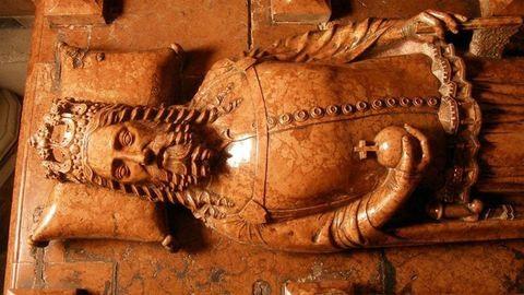 Cáfolják az elméletet a meztelenül eltemetett királyról