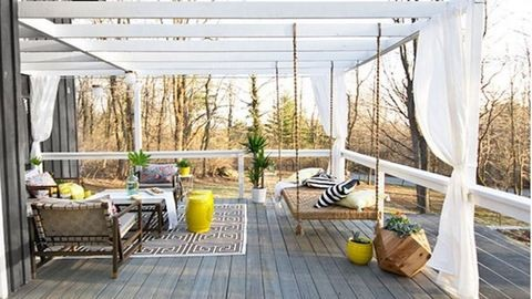 Fillérekből alakították menő oázissá a verandát
