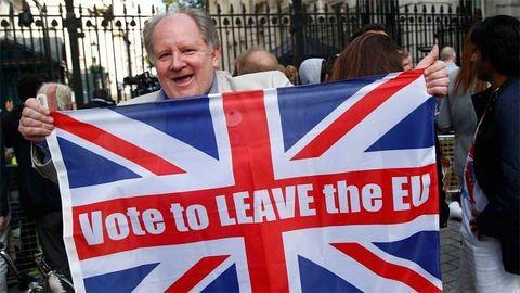 Brexit: indul a hivatalos kilépési procedúra