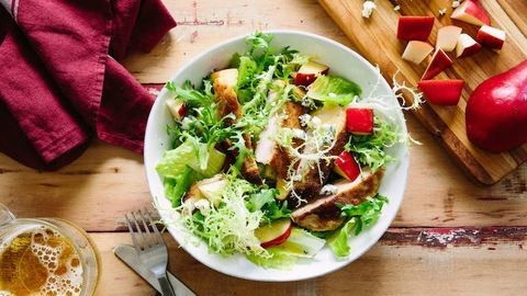 Válassz egy salátát, megmondom, ki vagy! – Ezt árulja el a kedvenc salátád a személyiségedről