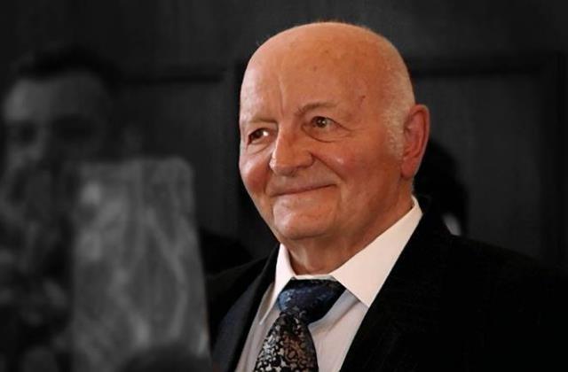 Meghalt Szécsényi József professzor
