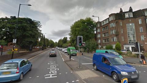 Londoni terrortámadás: Birminghamben razziáztak a rendőrök