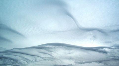 Tizenkét újfajta felhőt ismertek el