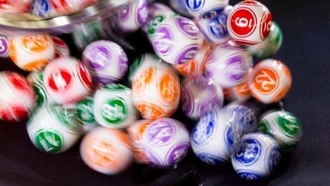 94. születésnapján mesés vagyont nyert a lottón