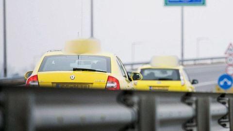 Keresik a futárt, aki megvert egy taxist – videó