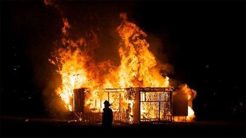 Nagymamájára gyújtotta a házat az elégedetlenkedő unoka