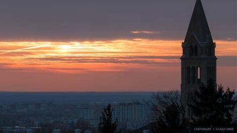 Szájtátós timelapse videó Pécsről