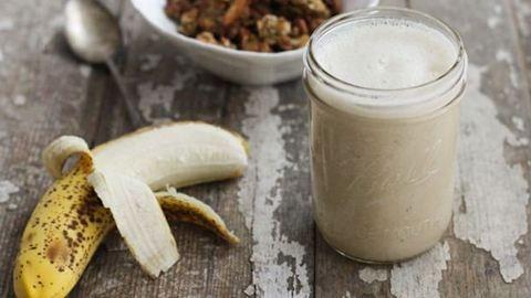 A házi banántejjel a kávédat is krémesebbé teheted – recept