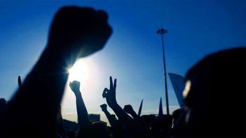 Így tiltakozik az egyetem a kormány ellen