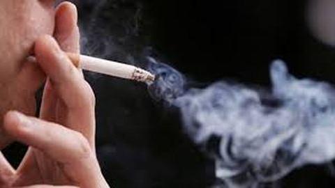 Nyártól még mélyebbre kell nyúlniuk a pénztárcájukba a dohányosoknak