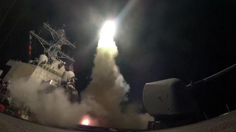 50 Tomahawkkal torolta meg az USA a keddi gáztámadást Szíriában