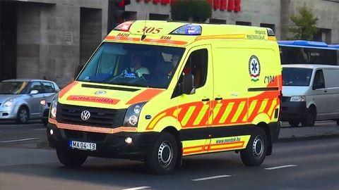 Fodrászatból vittek kórházba 5 embert Debrecenben