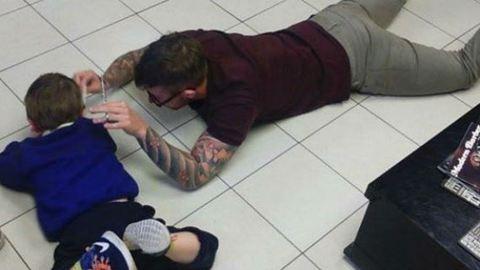 Napunk hőse a fodrász, aki arra tanítja kollégáit, hogyan bánjanak az autista gyerekekkel