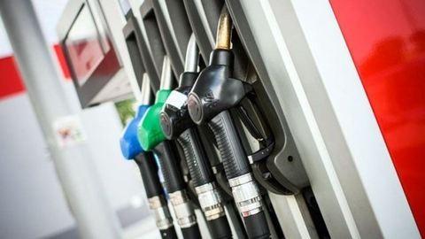 Ilyen nincs, megint drágul a benzin