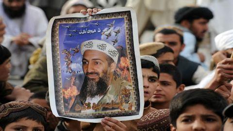 Oszama bin Laden fejét a felismerhetetlenségig lőtték szitává