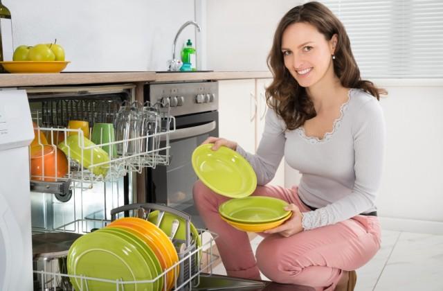 Kiszámoltuk - Ennyit spórol neked egy mosogatógép