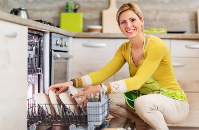 Praktikák mosogatógéphez – Így használd, hogy sokáig a segítőd lehessen!