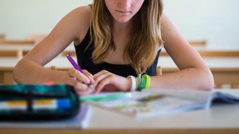 Már tízezer magyar diák tanul külföldön, és egyre többen mennének