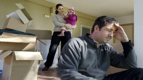 Két hetet kaptak, hogy beteg gyerekükkel elköltözzenek