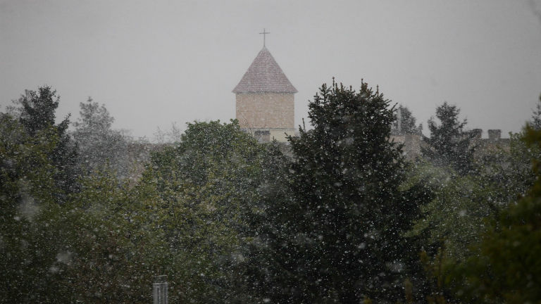 Áprilisban is ritkán látunk hóesést