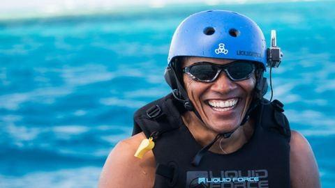 Így kell volt amerikai elnökként luxusjachton vakációzni