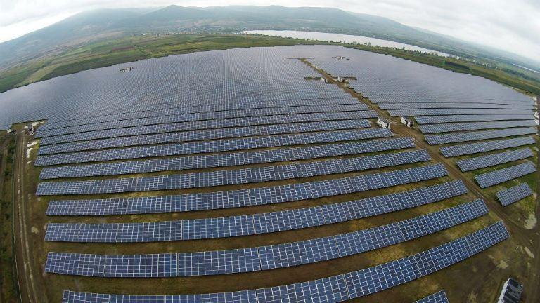 Felfigyelt a világ a hatalmas magyar naperőműre
