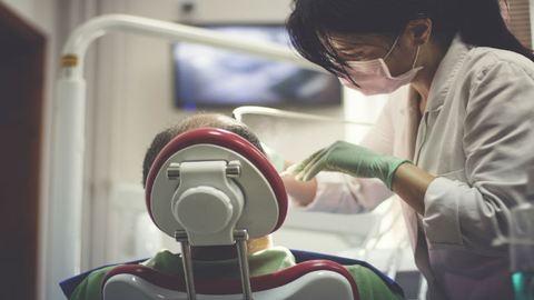Elszántak a fogorvosok, hogy végre pénzt csikarjanak ki az államból