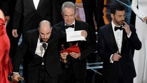 Faye Dunaway elnézést kért az Oscar-blamázs miatt