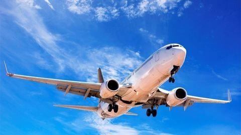 Túlsúlyos stewardess nem utazhat külföldre