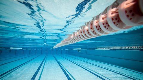 Újabb fejlemény a magamutogató úszóedző ügyében