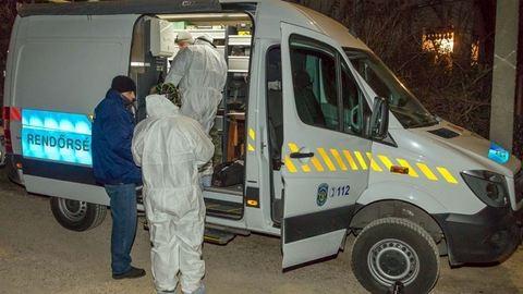 Női holttestet találtak Tolnán