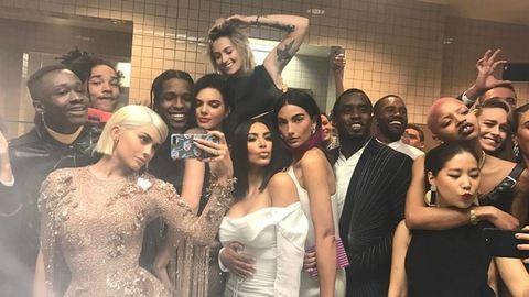 Komoly riválist kapott a híres Oscar-szelfi: Kylie Jenner letarolta a netet