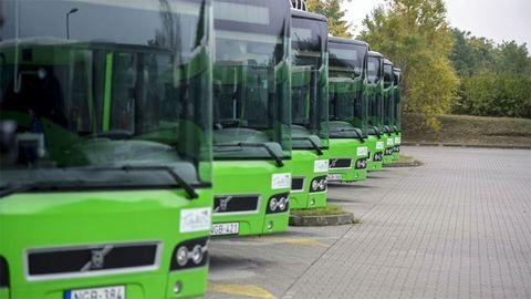 Hihetetlen baleset történt egy pécsi busszal