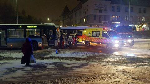Körözött erőszaktevőt fogtak a tatabányai buszon
